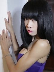 Skinny big cock Ladyboy from Pattaya craves anal plugging
